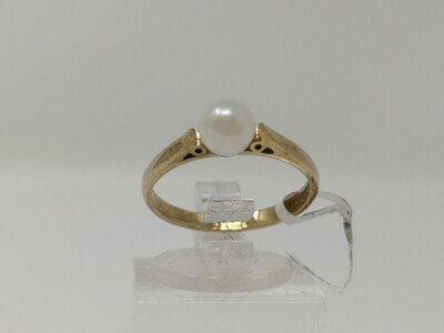 9ct Gold Ring Pearl