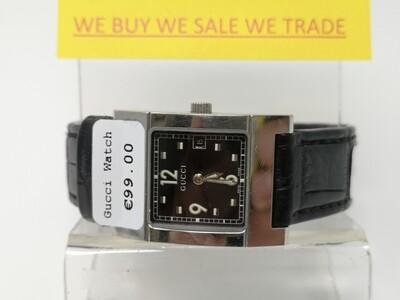 Gucci 7700L Ladies Watch