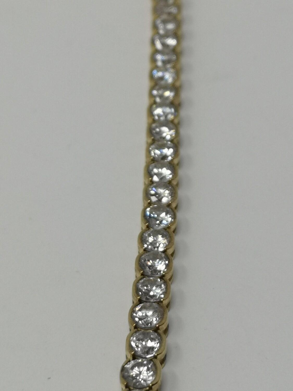 9ct Gold CZ Bracelet 375
