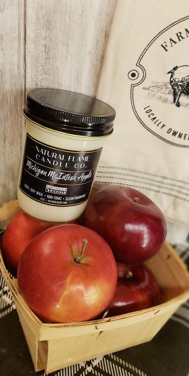 Michigan McIntosh Apple 8 oz Jelly Jar