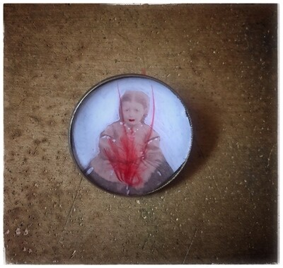 """Brooch """"The Wound"""""""