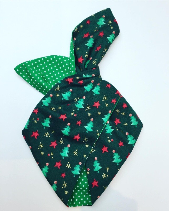 Green Mini Christmas Trees With Green Polka Dot Reverse Wired Hairband