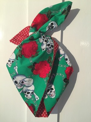 Green skull roses wired hairband