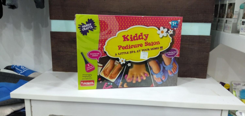 Kiddie Pedicure Salon