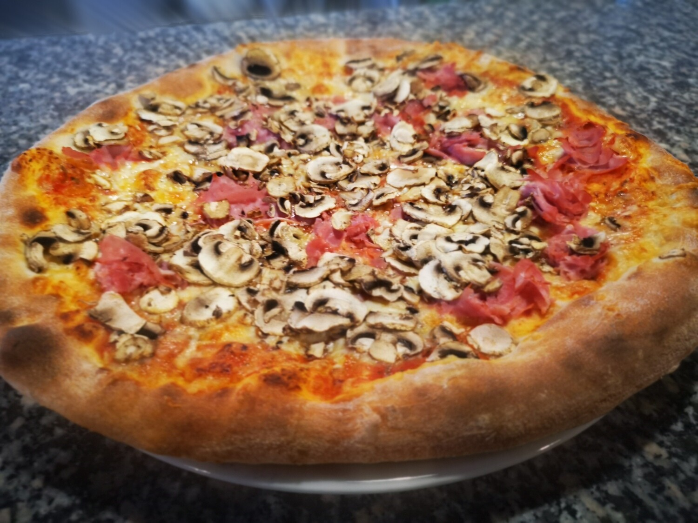 Pizza Toskana