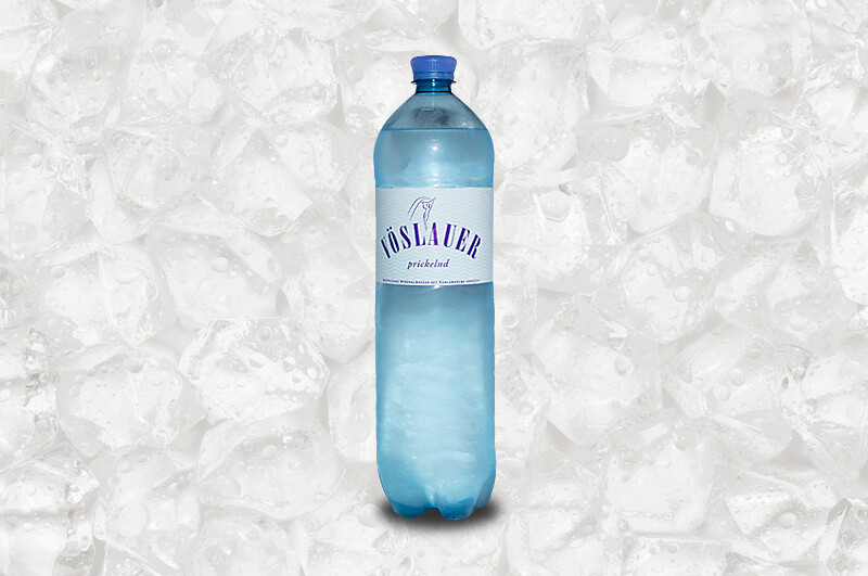Mineralwasser groß