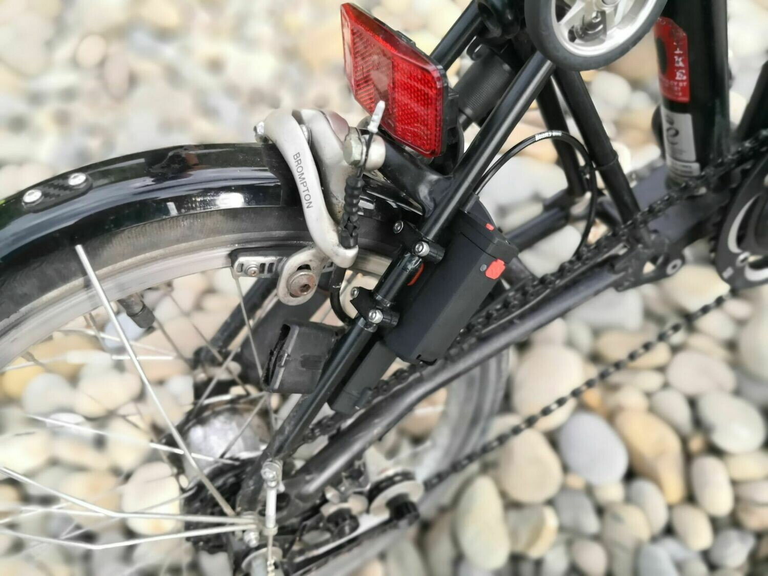 XShifter Electronic Wireless Shifter Road Bike MTB V.3 (Cell Cycling) New Brompton Stay  Fixture Option