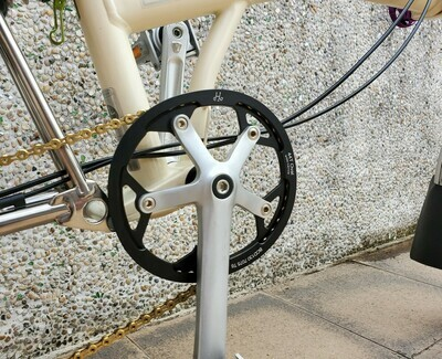 Brompton 44T Oval Chainring w Cover BCD130 (H&H)