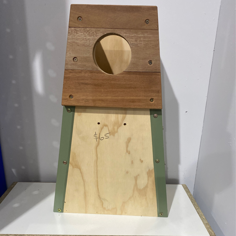 Nest box Alexandrine
