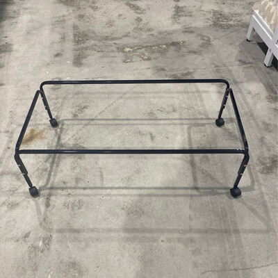 Rabbit Cage Stand 3657s