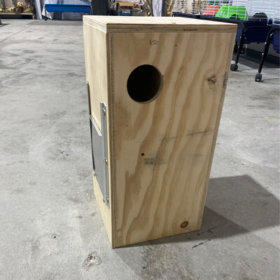 Nest Box Conure