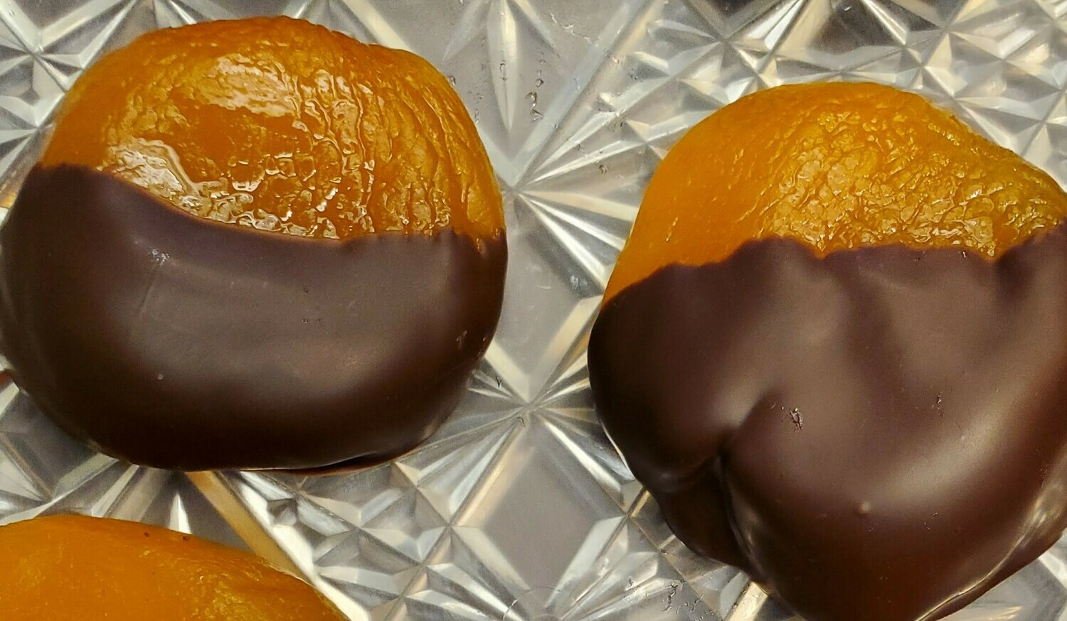 ​Chocolate Dipped Glacéed Peaches