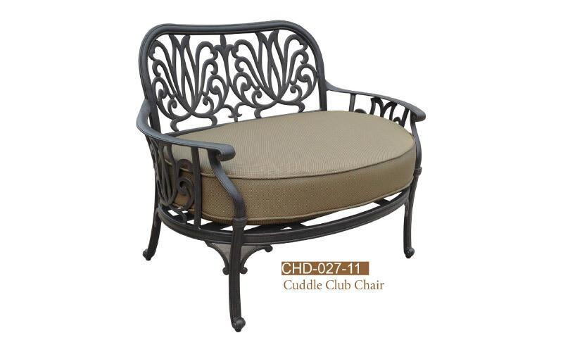 Cuddle Club Chair w/ Ottman & Cushion