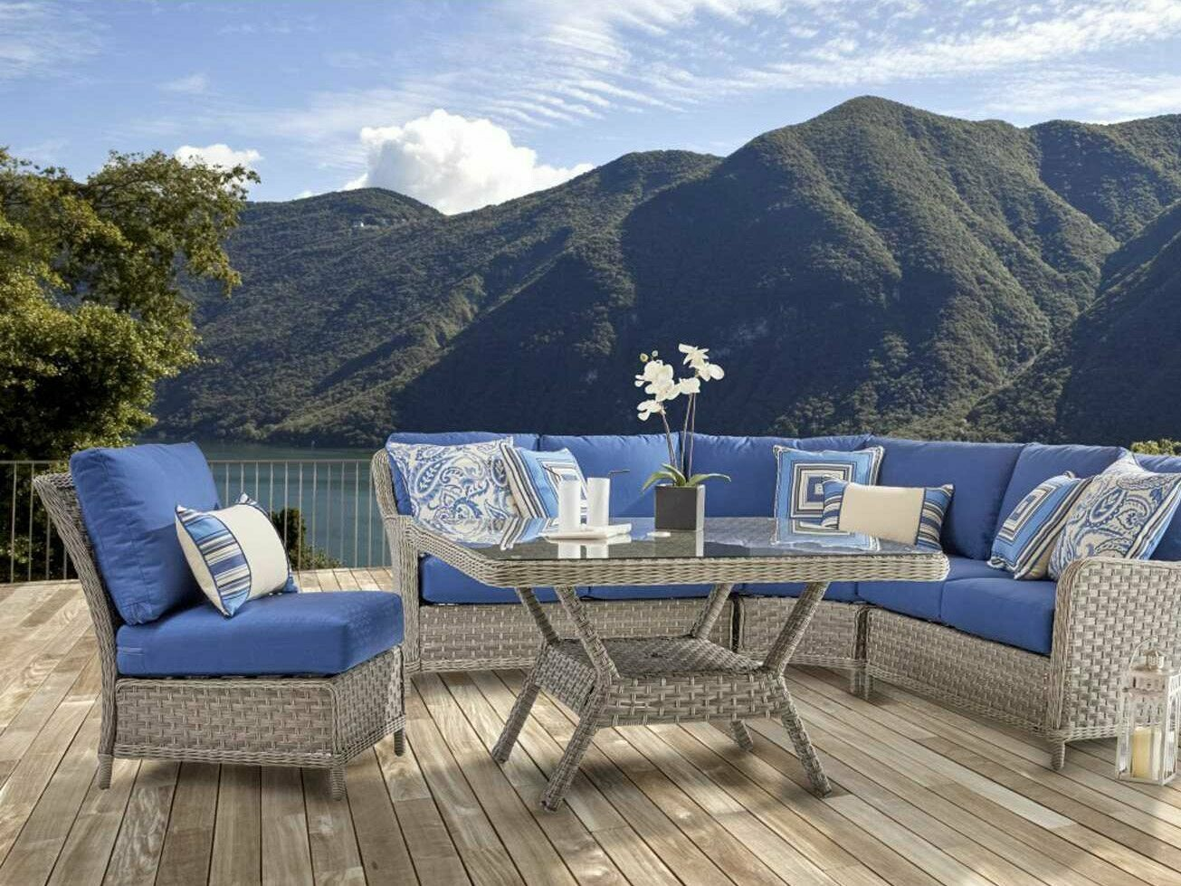 South Sea Rattan Mayfair Wicker Pebble Sectional Lounge Set
