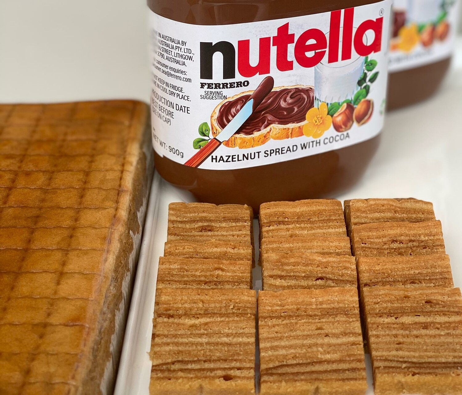Lapis Nutella (approx 1.3kg, 7x10 inches)