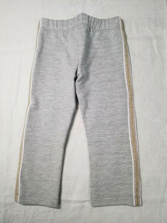 Pantalon en jersey gris avec ligne brillante sur le côté Stummer
