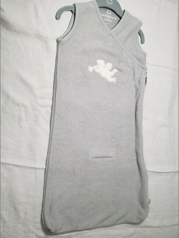 Sac de couchage éponge gris avec ange 0-9 mois