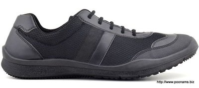 FEETSCIENCE SNEAKER. LACE UP. BLACK