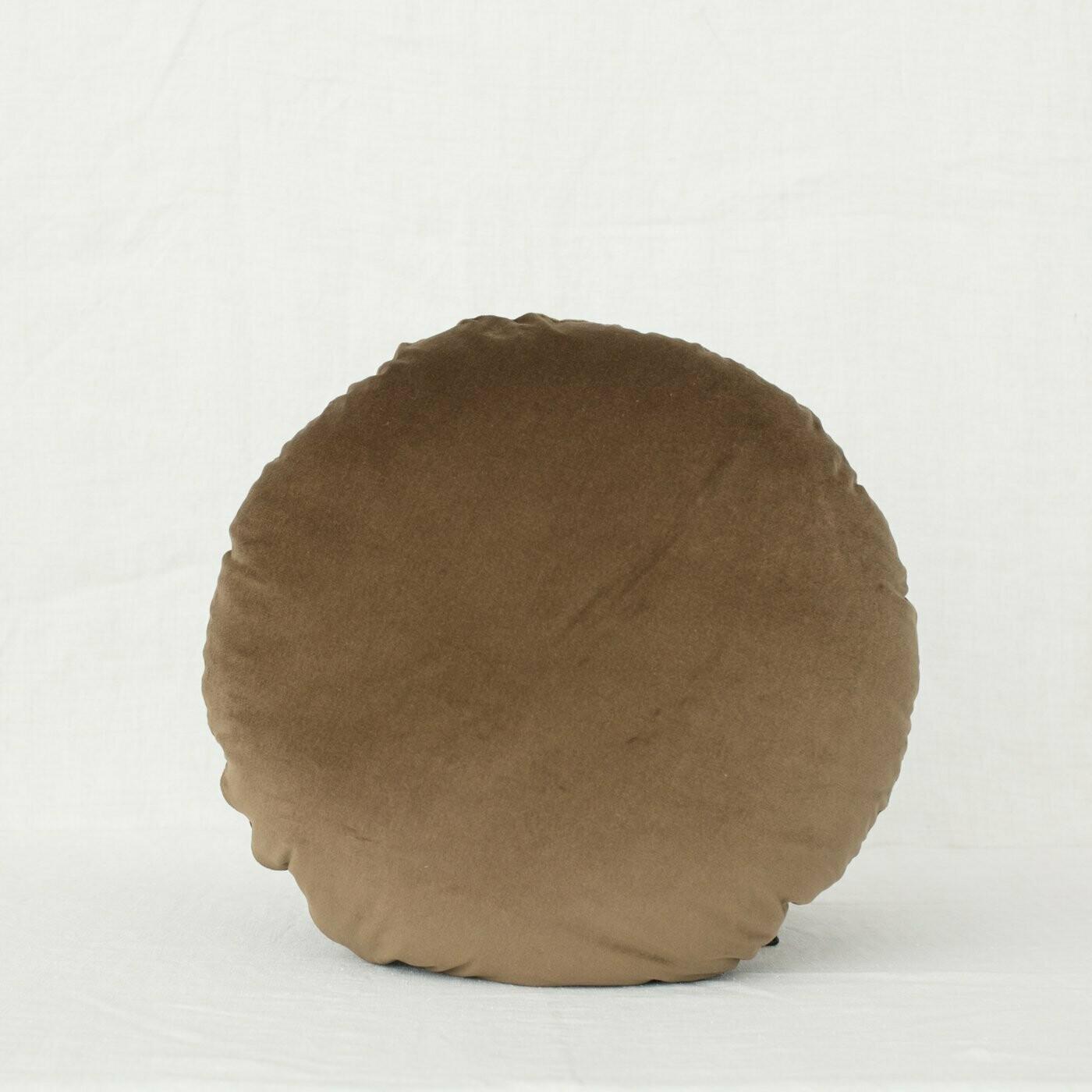 fig and honey Velvet Cushion - Round - Cardamom