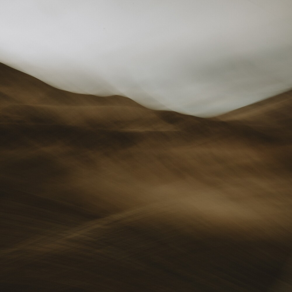 Dry Hills-Train series
