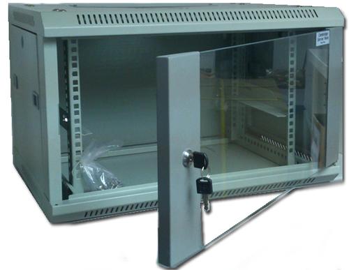 Cambridge server rack 18U 600 x 580 掛牆 Wall Mount