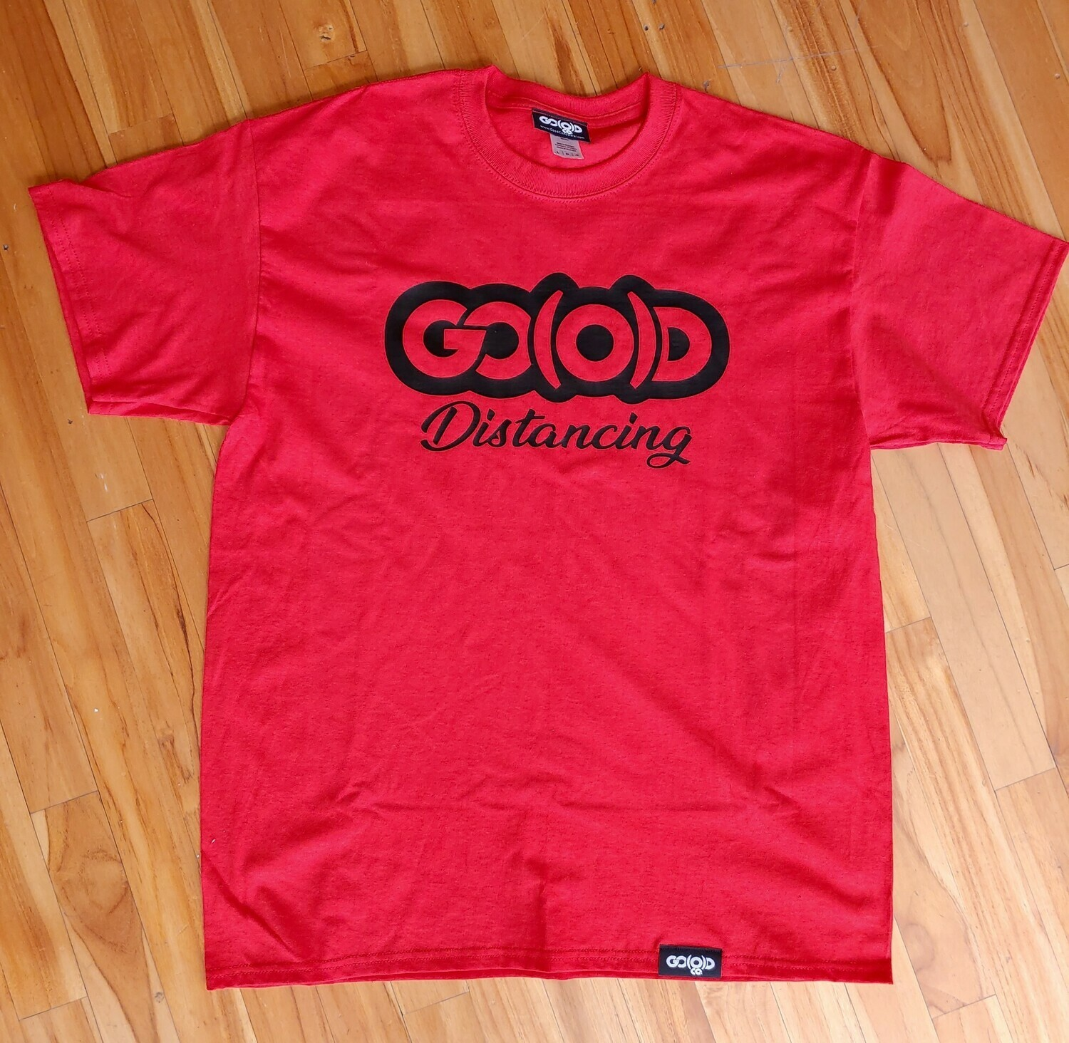 GO(O)D Distancing tee-red/black