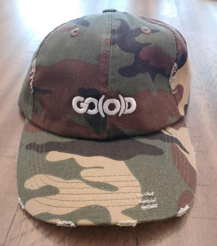 GO(O)D Distressed Dad Hat-camo/white