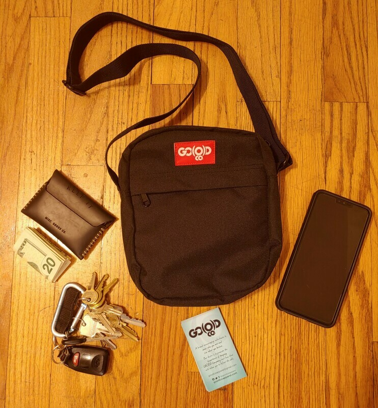 Unisex GO(O)D Flight Contrast Bag-black