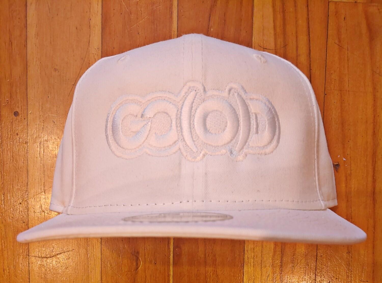 GO(O)D Company x New Era Snapback-white/white logo