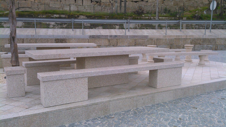 Table en granit Pacific