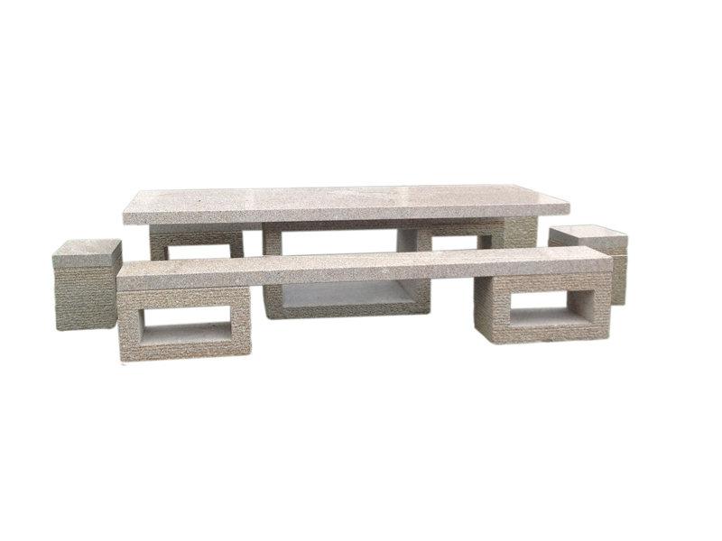 Table en granit Celerina