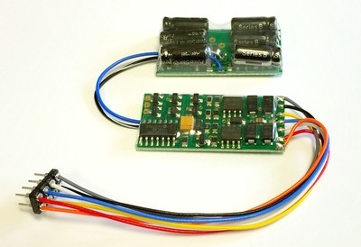 D13NHP 1.3 Amp, 4 function, 8 pin NMRA plug, with small no halt module installed