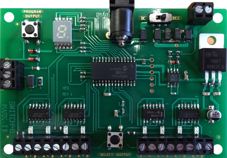 Switch8-Mk2 accessory decoder, controls 8 Tortoise switch machines.