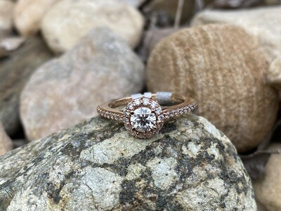MWI Halo Diamond Ring