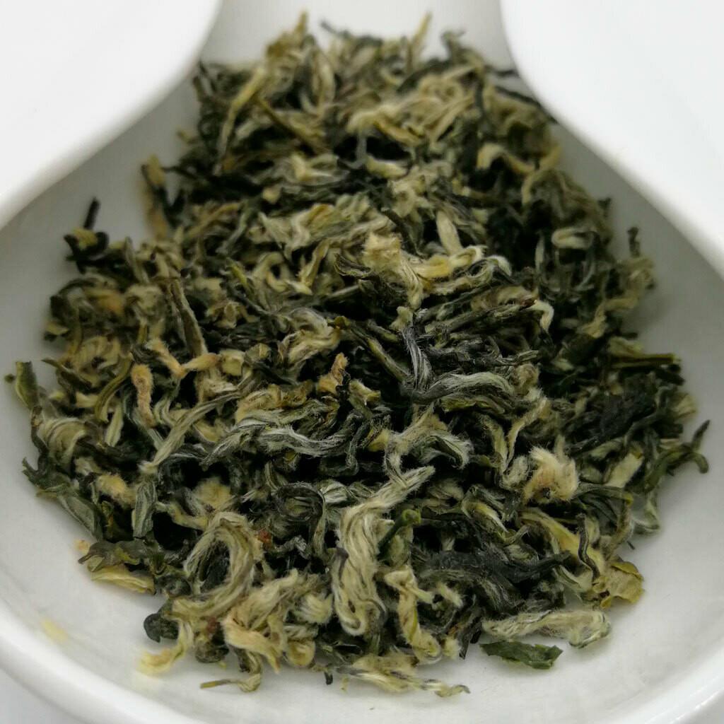 Би Ло Чунь Дунтин зеленый чай 2020