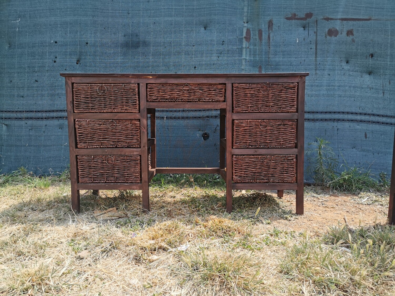 7 Drawer Dresser Table