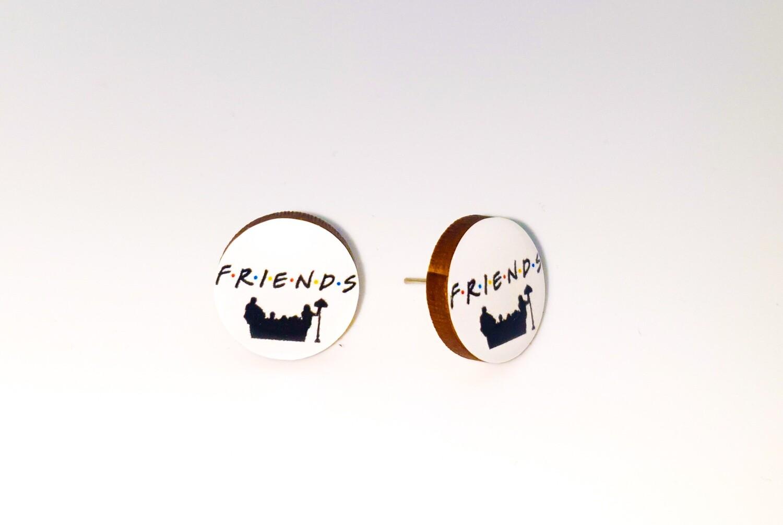 Dome stud earrings: Friends