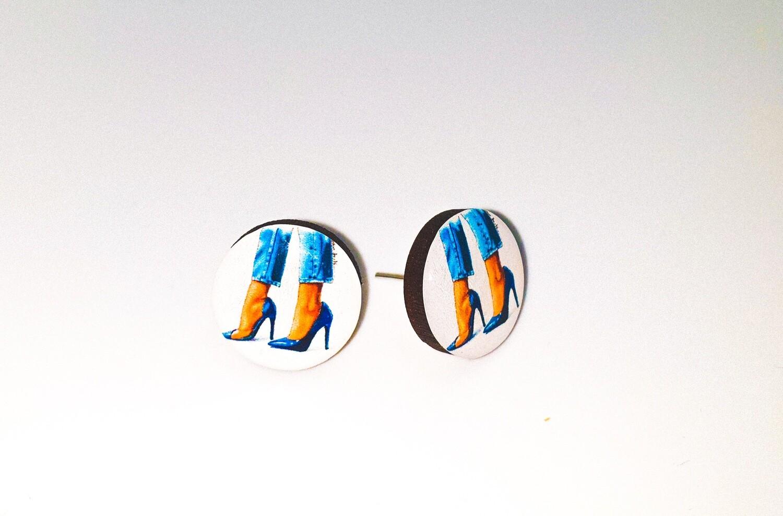 Dome stud earrings: High Heels