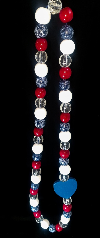Wooden necklace : red, white & denim