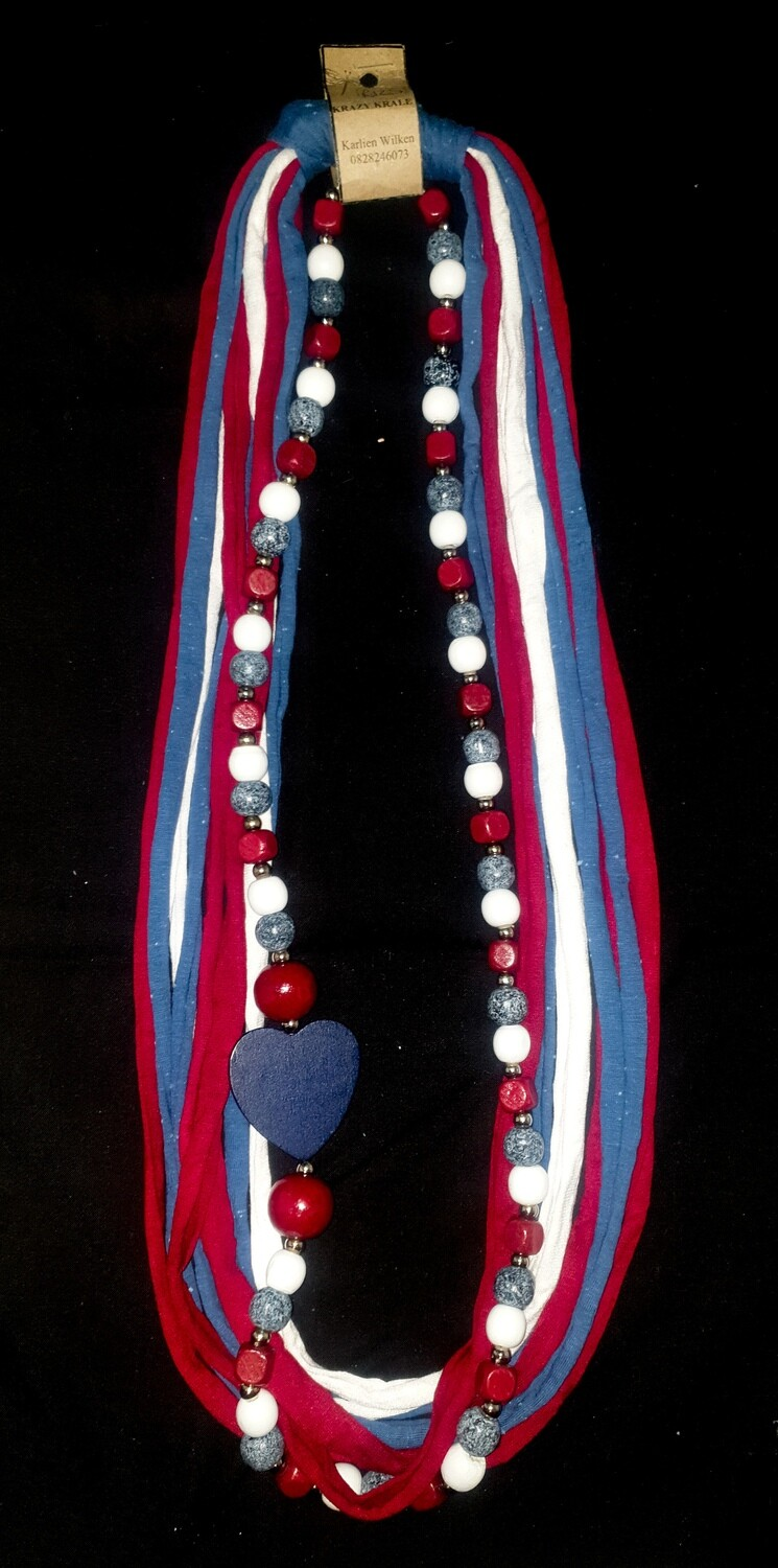 T-shirt yarn necklace : Red, White & Navy