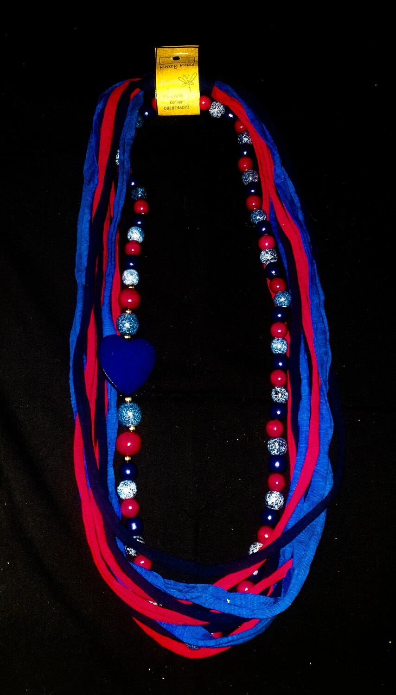 T-shirt yarn necklace : red white denim