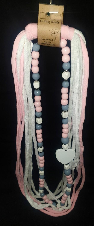 T-shirt yarn necklace : pink white & grey