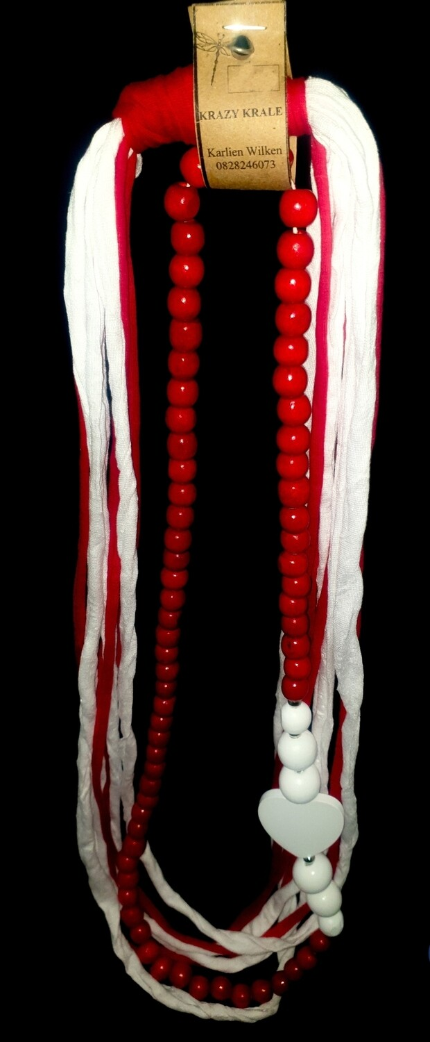 T-shirt yarn necklace : red & white