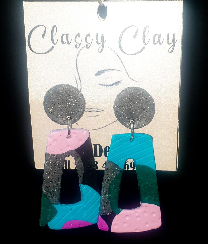 Multicolour black round triangle earrings