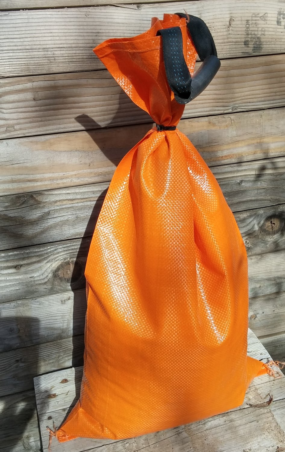 """Individual 4-year HD polypropylene sandbags, empty, 14""""x26"""" / four colors / 1-9 count, $2.00 each"""