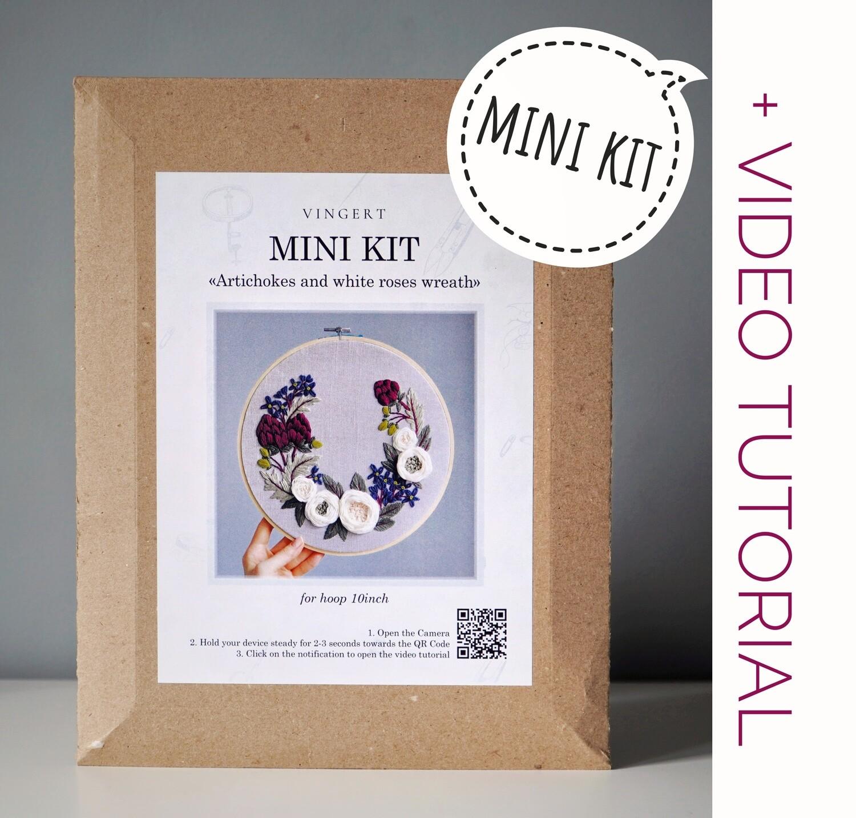 """Mini kit """"Artichokes and white roses"""""""