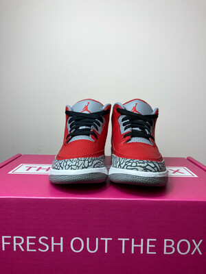 Jordan 3 Retro SE Fire Red - Youth Size 2.5 (pre owned)