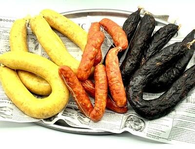 3 Morcillas Blancas, 3 Morcillas Negras y 6 chorizos (3,5 kg aprox)