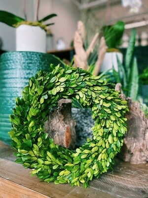 Boxwood - Country Manor Wreath - Round 14