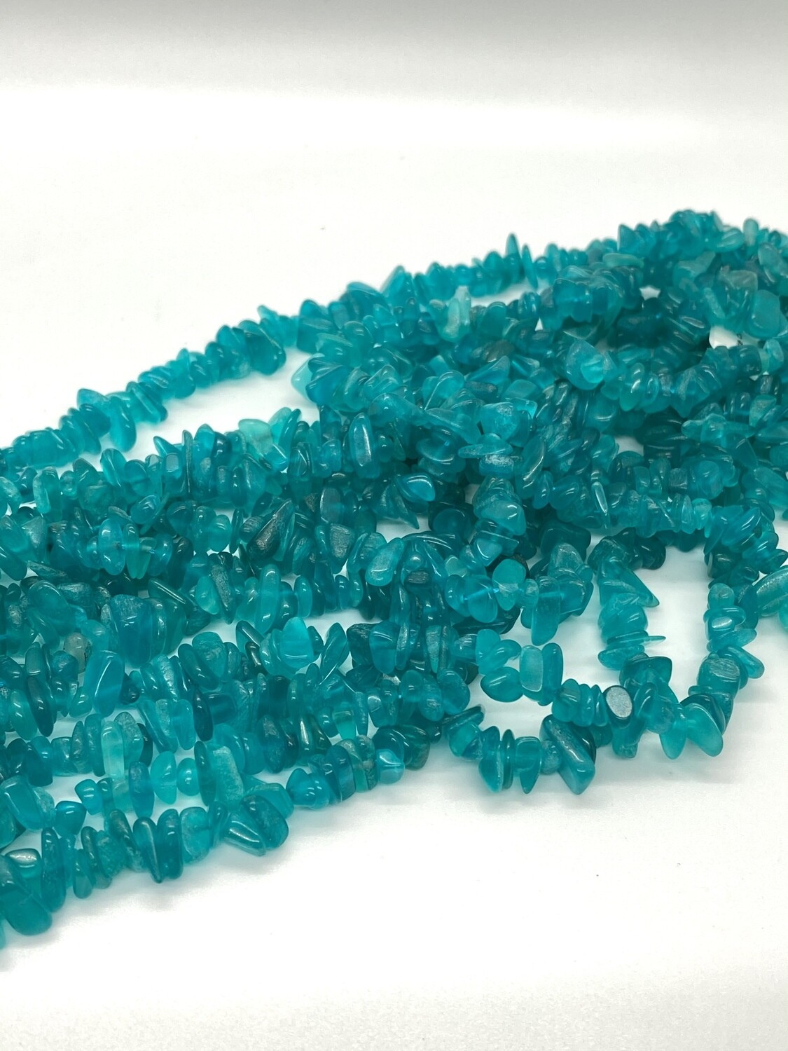 9576 Amazonite chips/color enhanced